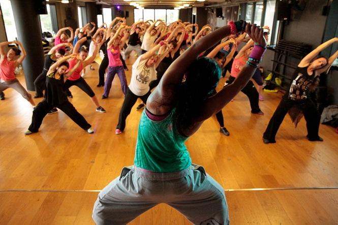 20€ από 45€ για έναν (1) μήνα συνδρομή Zumba και Yoga στο μοντέρνο Revive Personal Training & Small Groups στην Καλλιθέα. Έκπτωση 56%!! εικόνα