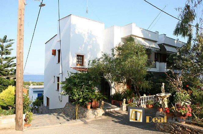 Από 135€ για 4 ήμερες/3 διανυκτερεύσεις 2 ατόμων στο ξενοδοχείο Γοργόνα που βρίσκεται αμφιθεατρικά κτισμένο σε απόσταση 80 μ. από την παραλία Ρουσούμ Γυαλός Αλοννήσου και απέχει από το κεντρικό λιμάνι του νησιού 800μ. εικόνα