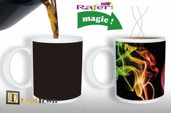 10€ για μια μαγική κούπα που μόλις μπει κάτι ζεστό εμφανίζεται η φωτογραφία σας ή το κείμενο που επιλέξατε, από την Raferi Digital. Δυνατότητα πανελλαδικής αποστολής στον χώρο σας!!