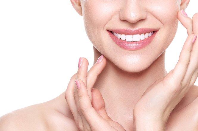 99€ από 250€ για λεύκανση δοντιών με διαφανείς νάρθηκες λεύκανσης, από Χειρούργο Οδοντίατρο Ενηλίκων & Παιδιών στην Νέα Σμύρνη.