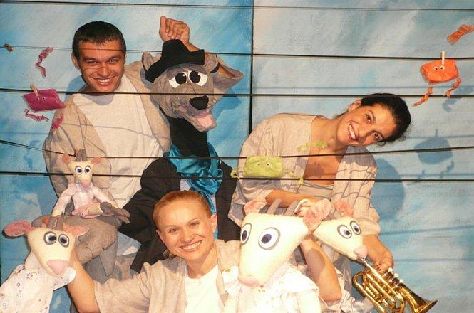 5€ από 8€ για είσοδο ενός (1) ατόμου στο Κουκλοθεατρικό μιούζικαλ Ο ΛΥΚΟΣ ΚΑΙ ΤΑ ΕΦΤΑ ΚΑΤΣΙΚΑΚΙΑ, στο Αυλαία Summer Playland, στο χώρο του Σ.Ε.Φ στο Φάληρο. Μιούζικαλ για παιδιά 2.5-5.5 ετών με ηθοποιούς, κούκλες και ενεργή συμμετοχή των παιδιών. εικόνα