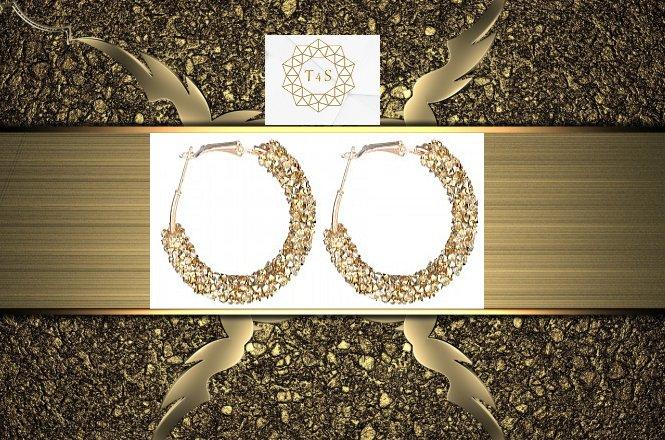 Από 15€ για υπέροχα Σκουλαρίκια Swarovski elements CRYSTAL HOOP. Αποκλειστικά από το Time4Style στην Αθήνα. Δυνατότητα παραλαβής από το κατάστημα ή και με πανελλαδική αποστολής στον χώρο σας!!!