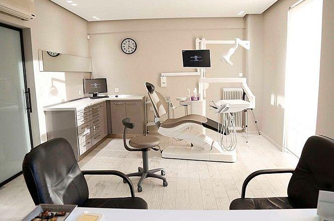 20€ για καθαρισμό δοντιών με υπερήχους για την αφαίρεση πλάκας και πέτρας και ένα (1) πλήρη στοματικό έλεγχο, στο Free Your Smile Dental Clinic στη Βούλα. Ο σεβασμός στον ασθενή και στις πραγματικές του απαιτήσεις βρίσκονται πάντα στο κέντρο της θεραπευτικού μας ενδιαφέροντος. εικόνα