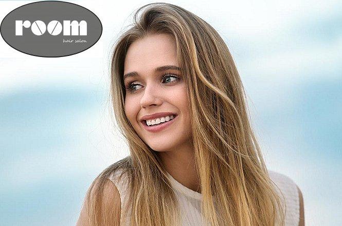 35€ για περιποίηση μαλλιών που περιλαμβάνει μπαλαγιάζ, κούρεμα, φορμάρισμα, στο Room Hair Salon στο Αιγάλεω (μόλις 100μ από στάση Μετρό Αιγάλεω). εικόνα