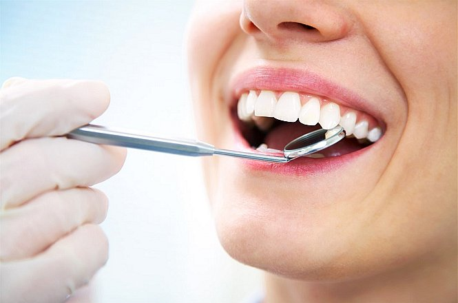25€ για κάθε ένα (1) σφράγισμα δοντιού με σύνθετη ρητίνη, φωτοπολυμεριζόμενη, υψηλής αντοχής και αισθητικότητας ή με αμάλγαμα (μεταλλικό σφράγισμα), όπου ενδείκνυται. Mοναδική προσφορά από σύγχρονο Οδοντιατρείο στην Νέα Ερυθραία!!